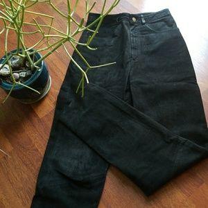 VINTAGE  Black pebble soft leather pants!